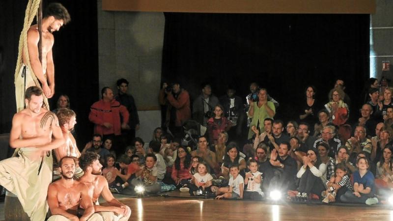 [Revue de presse] Les danseurs ont embarqué le public